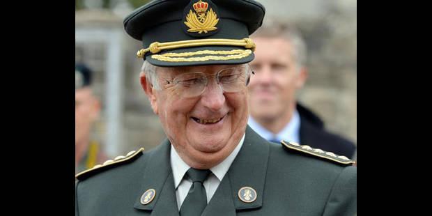 Le roi Albert visite les unités spéciales de la police fédérale - La DH
