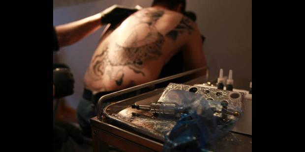 Les salons de tatouages sont-ils dangereux ? - La DH