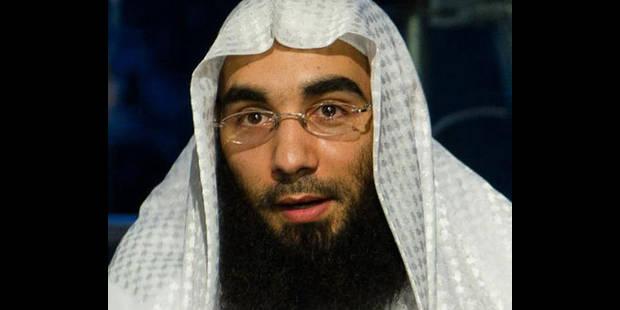Fouad Belkacem maintenu en détention - La DH