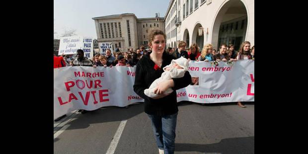 Manifestation en faveur du droit à l'avortement à Bruxelles - La DH
