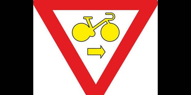 Cyclistes, à droite toute! - La DH