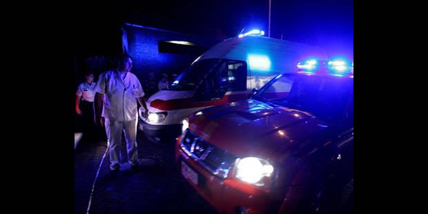 Un automobiliste tué en traversant l'autoroute à pied à Fleurus - La DH