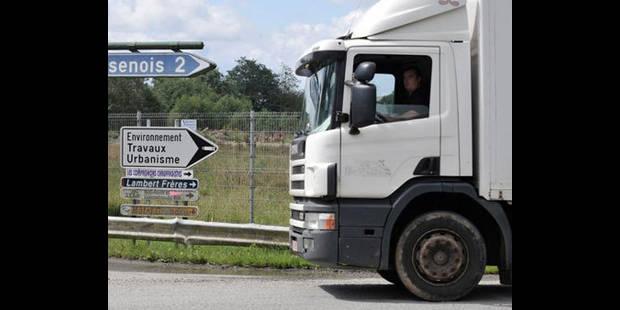 Des chauffeurs de camion manifestent pour des aires de repos sécurisées - La DH