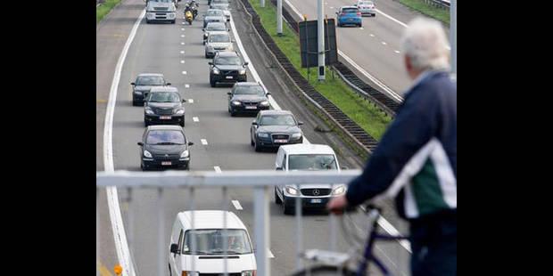 Cinq blessés dans un accident sur le ring d'Anvers - La DH