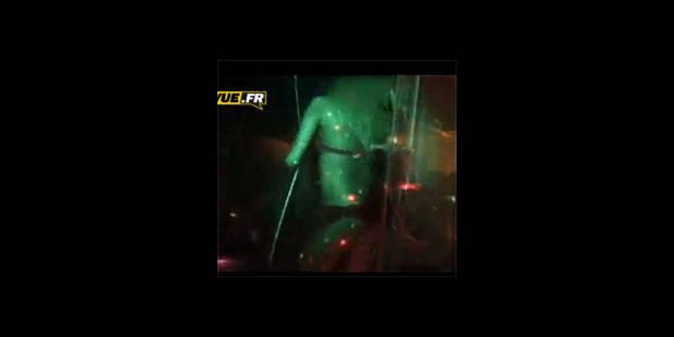 Zahia sexy sous la douche (VIDEO) - La DH