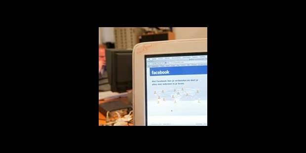 11.000 élèves argentins sèchent les cours suite à un appel sur Facebook - La DH