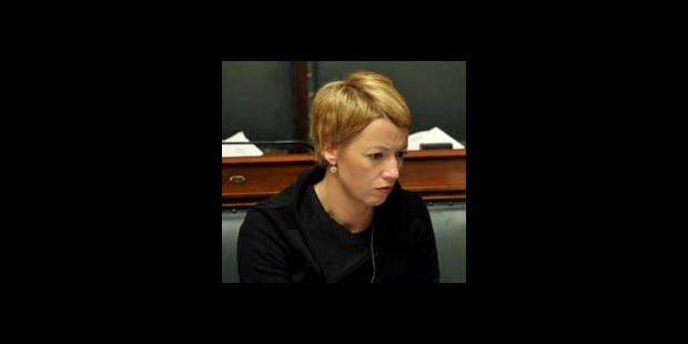Tabac: Catherine Fonck scandalisée - La DH
