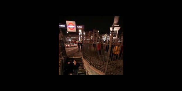 GB: Un adolescent poignardé à mort dans une station de métro du centre de Londres - La DH