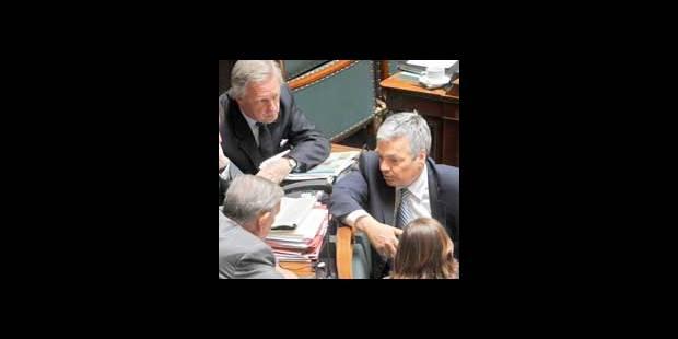 Des députés font pression sur le fisc pour encore gagner plus - La DH