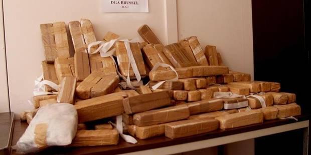 Drogues : 100 tonnes saisies en 5 ans - La DH