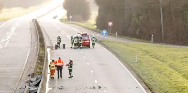 Circulation rétablie après un accident avec un camion tampon sur la E411 - La DH
