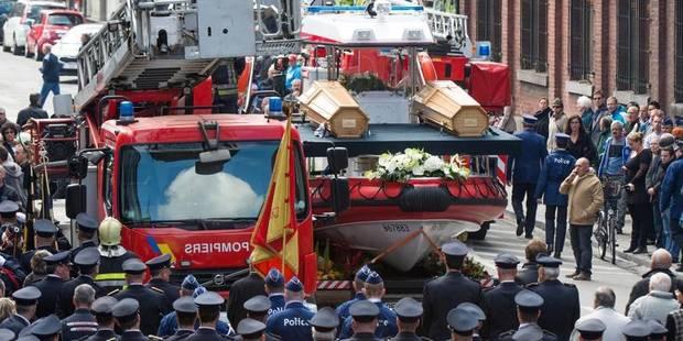 Dernier hommage aux pompiers décédés à Tilff - La DH