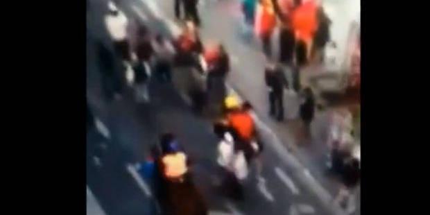 Un supporter des Diables Rouges fauché par un cheval de police! (Vidéo) - La DH