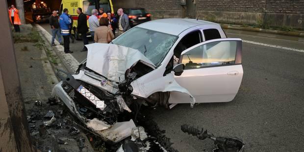 Accident spectaculaire sur le ring de Charleroi - La DH