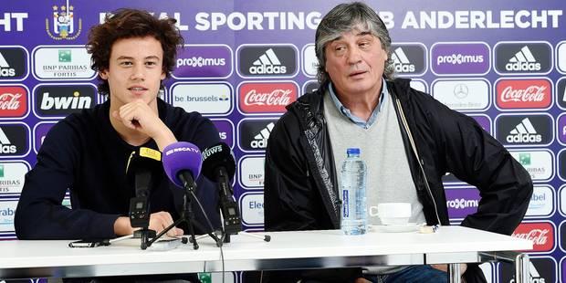 """Anderlecht présente Mile Svilar, son nouvel enfant prodige: """"Chelsea ? Laissons-le au RSCA !"""" - La DH"""