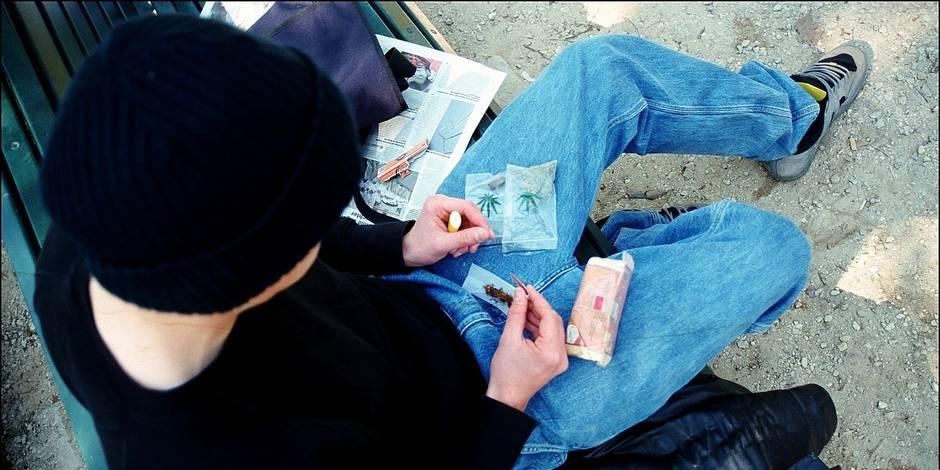 """Les drogues """"légales"""" explosent chez nos jeunes - La DH"""