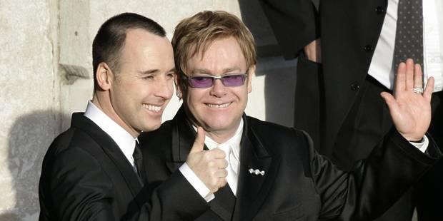 Elton John et David Furnish sont officiellement mariés - La DH