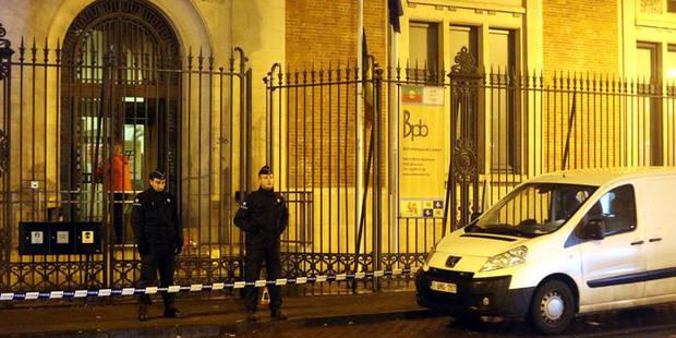 Un commissariat attaqué à coup de cocktails Molotov à Bruxelles - La DH