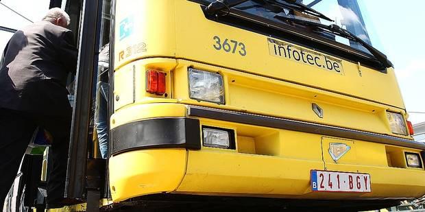 Touche-touche dans le bus - La DH