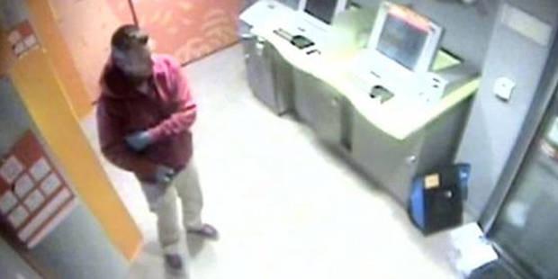 Attaque à l'acide chez Delhaize: le suspect remis à la Belgique mardi matin - La DH