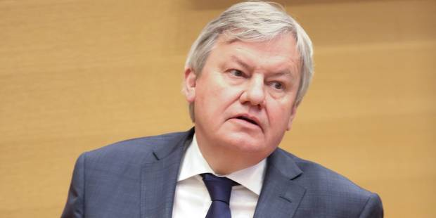"""Parlement FWB: le MR quitte la séance après un """"Vous mentez"""" accusateur de Marcourt - La DH"""