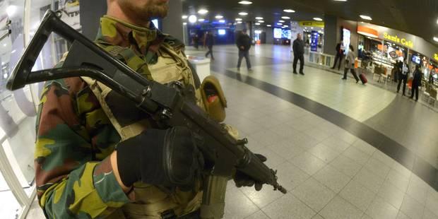 La Belgique en alerte générale: un déploiement militaire qui coûte cher! (PHOTOS) - La DH