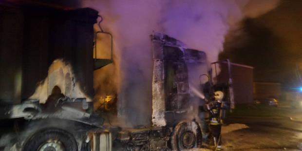 Deux camions et plusieurs véhicules incendiés à Gilly et Montignies-sur-Sambre - La DH