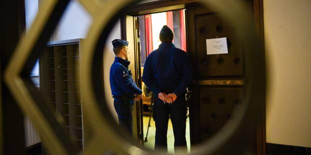 Motard tué dans un accident à Gouvy: les poursuites pénales prescrites - La DH