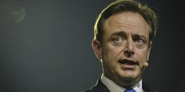 """De Wever relance le communautaire: """"La N-VA doit sortir de sa passivité"""" - La DH"""