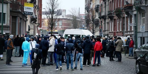 La tension est montée dans le quartier où Salah Abdeslam a été arrêté - La DH