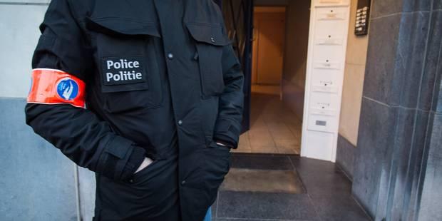 Lutte contre le terrorisme : des perquisitions autorisées 24 heures sur 24 - La DH