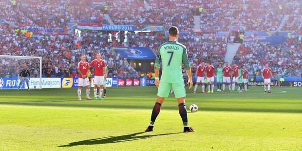 Meilleur joueur UEFA: les Portugais Ronaldo et Pepe parmi les dix finalistes - La DH