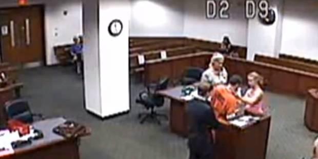 Le beau geste de cette juge américaine émeut la toile (VIDEO) - La DH