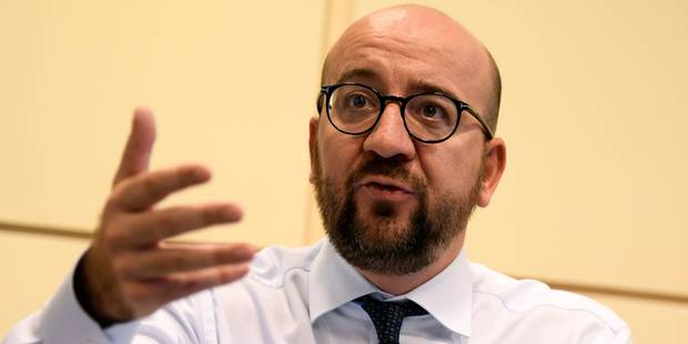 Caterpillar: Charles Michel sollicite un entretien avec François Hollande pour éclaircir la situation - La DH