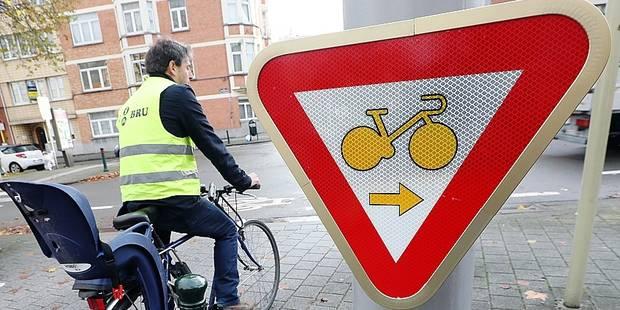 Le tourne à droite pour les vélos désormais obligatoire - La DH