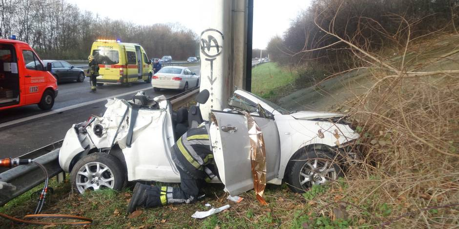 Accident mortel sur l 39 a54 luttre la vicitime a succomb for Accident mortel a salon de provence