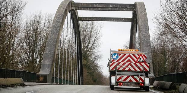 Zizanie sur le pont Triboureau à Ecaussinnes - La DH