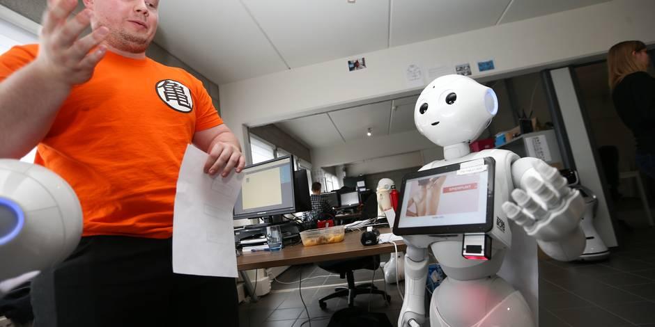 Des robots pour aider nos policiers et nos militaires dans les aéroports - La DH