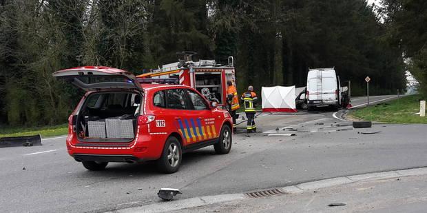 Mettet: 2 morts et 1 blessé dans un accident de la route - La DH