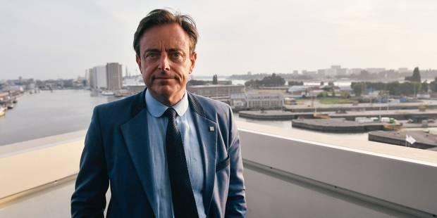 La poudre adressée à Bart De Wever inoffensive, l'expéditeur recherché - La DH