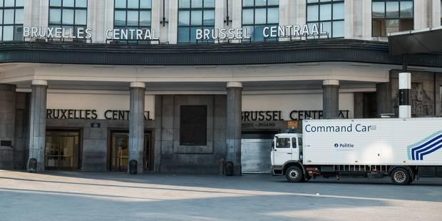 Acte terroriste à Bruxelles: La police dresse un inventaire des objets trouvés après l'évacuation de la gare centrale - ...