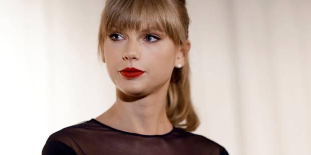 """Taylor Swift combative au procès sur son agression sexuelle présumée: """"Il a bien touché mes fesses nues"""" - La DH"""