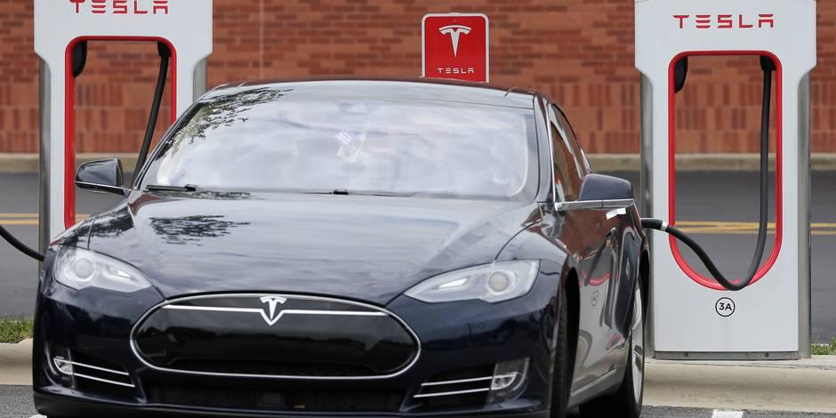 Ouragan Irma : Tesla débride à distance ses véhicules afin de venir en aide à ses clients