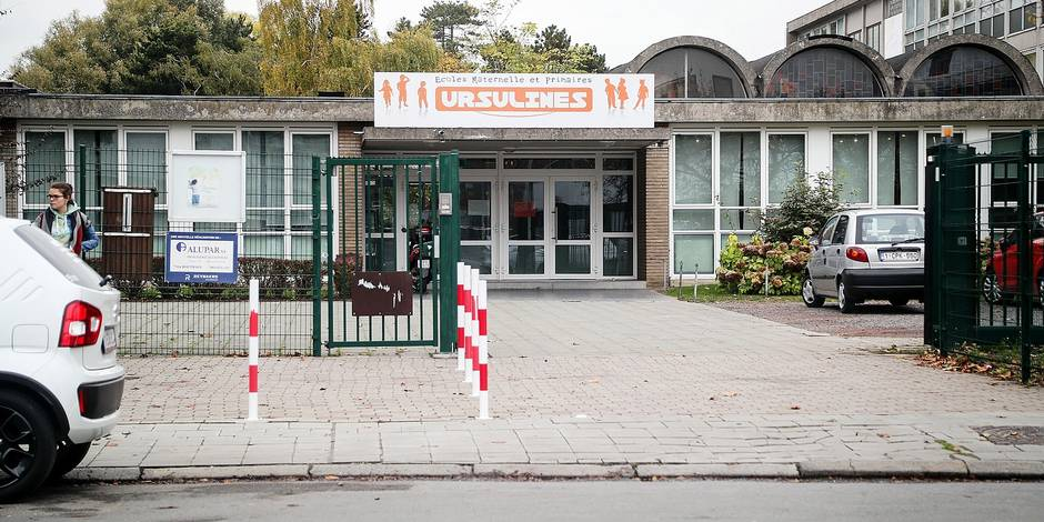 Polémique dans une école de Mons: filles et garçons se déshabillent dans la même pièce - La DH