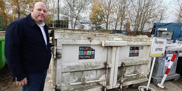 Forest: Des sacs spécifiques pour vos déchets d'amiante - La DH