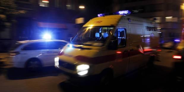 Comines: un ouvrier français meurt coincé entre un machine et une palette - La DH