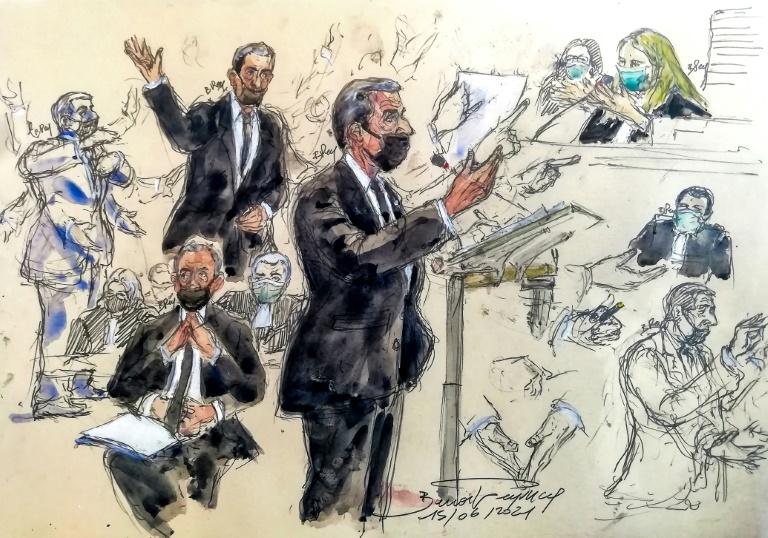 Croquis d'audience de l'ancien président Nicolas Sarkozy (c) entendu dans l'affaire Bygmalion, le 15 juin 2021 au tribunal correctionnel de Paris