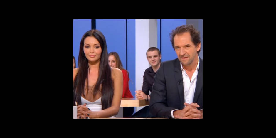 """Nabilla ne """"comprend rien"""" à l'humour de Stéphane De Groodt !"""