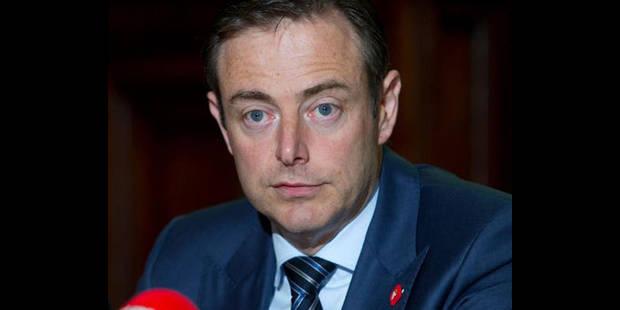 """De Wever: """"La chute dans les sondages doit nous faire garder pieds sur terre"""" - La DH"""