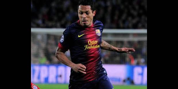 Adriano prolonge jusqu'en 2017 au Barça